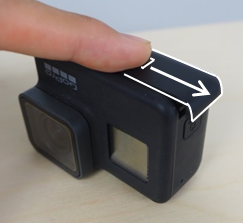 gopro起動から撮影まで-バッテリー取り出し